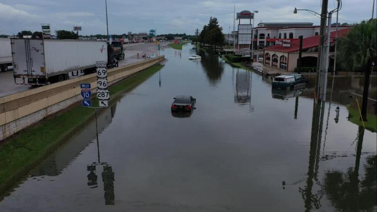 Examiner photo of Beaumont flooding